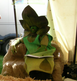 Gus the Asparagus Man looking rather hot