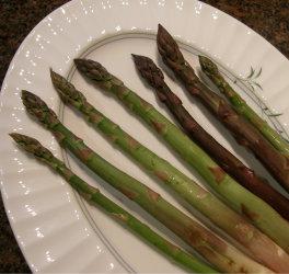 7 varieties of asparagus